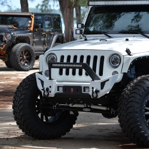 JK FRONT ELITE X BUMPER WITH LED LIGHT BAR MOUNT