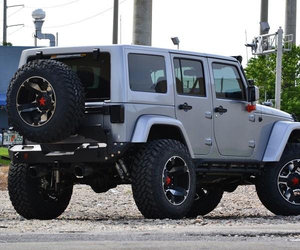 Jeep JK Parachoque trasero elite con porta caucho