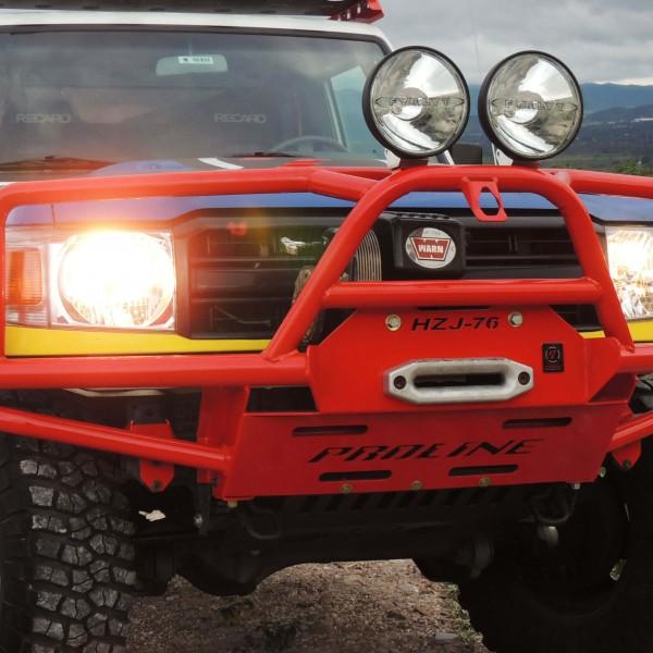 Parachoques Delanteo Rally con Careta